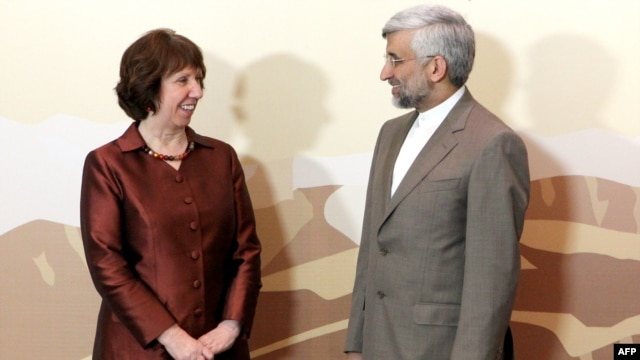 EU foreign policy chief Catherine Ashton and Iran's top nuclear negotiator Said Jalili at the Iran talks in Almaty.