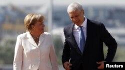 Kancelarja gjermane Angela Merkel u takua me presidentin serb Boris Tadiq.