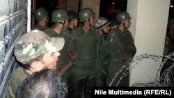 Vojna garda ispred palate predsjednika Mubaraka tokom protesta, decembar 2012.