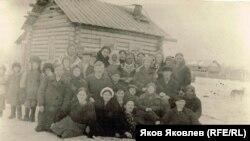 Сибирские колхозники. 1943 год