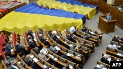 Верховна Рада України після голосування мовного законопроекту в першому читанні, 5 червня 2012 року
