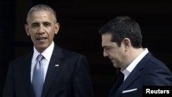 باراک اوباما (چپ) همراه با الکسیس سیپراس، نخستوزیر یونان.