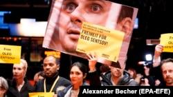 Акция с требованием освободить украинского режиссера Олега Сенцова. Берлин, 10 февраля 2019 года.