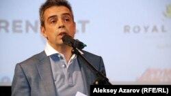 Представитель Unifrance Жоэль Шапрон. Алматы, 23 апреля 2015 года.