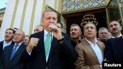 Төркия президенты Рәҗәп Эрдоган тарафдарлары белән