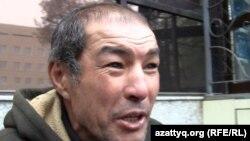 Алламберген Жолдасбаев, человек без определенного места жительства. Алматы, 18 октября 2012 года.