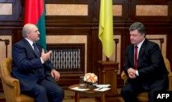 Петро Порошенко та Олександр Лукашенко у Києві. 21 грудня 2014 року