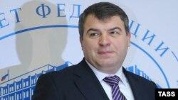 В окружении министра обороны Анатолия Сердюкова всё больше женщин.