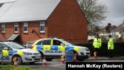 Полиция Солсбери у дома, где жил Сергей Скрипаль
