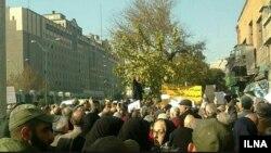 بازنشستگان در تجمع روز یکشنبه خواستار رسیدگی به «وضعیت نابسامان» خود شدند.