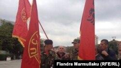 Ilustrim - Veteranë të UÇK-së gjatë një proteste të mëhershme në Prishtinë