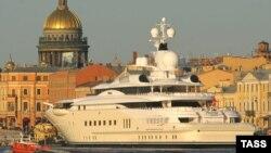 Яхта российского миллиардера Романа Абрамовича Pelorus