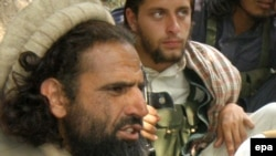 Mangal Bagh (left), the leader of the Lashkar-e Islam militant group