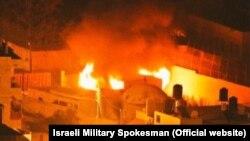 Гробница Иосифа в огне, после нападения палестинских радикалов 15 октября 2015 г.