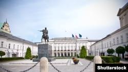 Pamje nga Pallati presidencial i Polonisë në Varshavë
