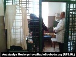 Монітори НПМ у кабінеті фармацевта Роменської колонії