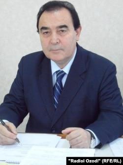 Худойбердӣ Холиқназаров, раиси МТС.