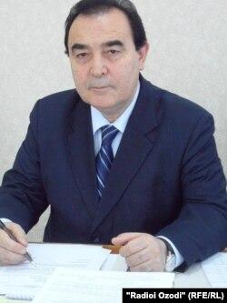 Худойбердӣ Холиқназаров