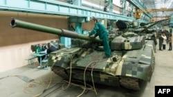 Українські танки «Оплот» на Харківському заводі імені Малишева