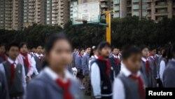 Дети в Шанхае. Иллюстративное фото.