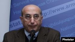 Председатель Национальной статистической службы Армении Степан Мнацаканян (архив)
