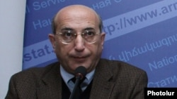 Глава Национальной статистической службы Армении Степан Мнацаканян (архив)
