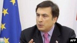 """В решении абхазского вопроса """"Саакашвили будет остановлен западными партнерами"""", - говорят политологи"""