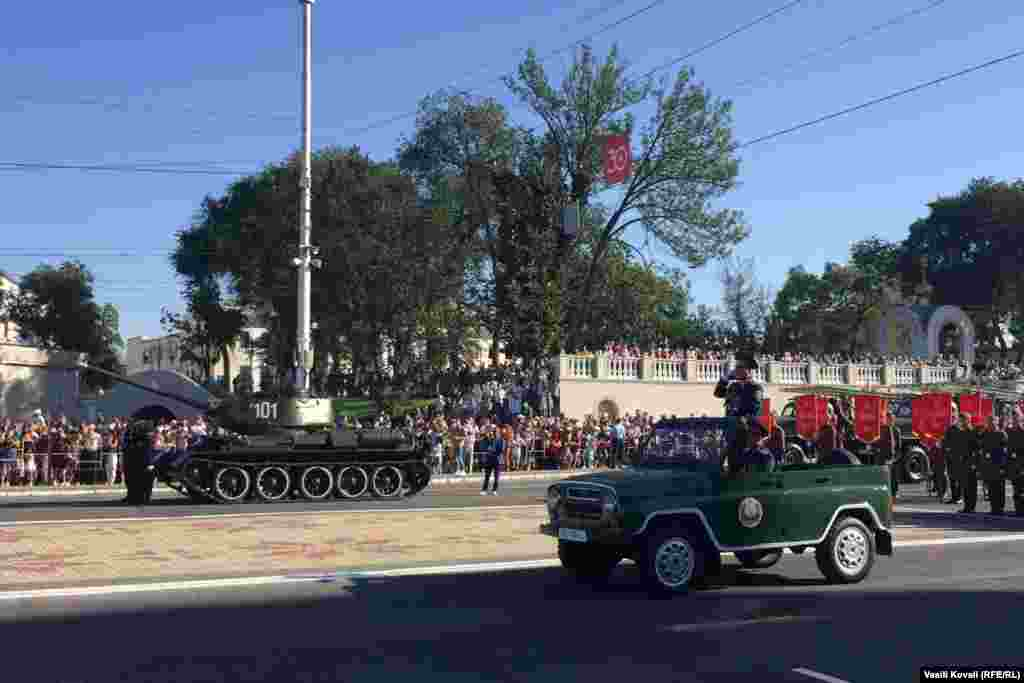 Tiraspol hosted a military parade on September 2 featuring local troops, as well as Russian troops from the force stationed there.The parade was to include more than 1,200 soldiers and 150 pieces of heavy equipment.
