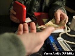 Повеќе од десет отсто од граѓаните имале искуство со корупцијата