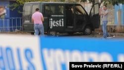 Nakon bombaškog napada na vozilo Vijesti, 2011.