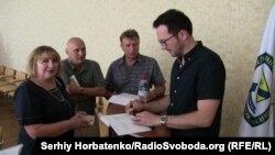 Автограф-сессия с преподавателями педуниверситета в Славянске
