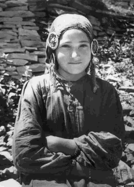 Жительница с. Гидатль, Дагестан