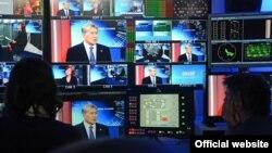 """Алмазбек Атамбаев дает интервью """"Евроньюс""""."""