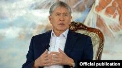 Алмазбек Атамбаєв