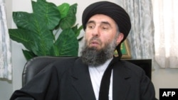 Gulbuddin Hekmatyar in a 2001 photo