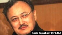 Саят Ибраев, один из лидеров суфийской общины, в зале суда. Алматы, 19 октября 2011 года.