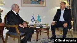 Встреча президентов Казахстана и Израиля 13 марта 2013 года. Фото с сайта Акорды.
