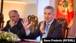 Milo Đukanović najavnoj sednici Vlade Crne Gore 23. decembra