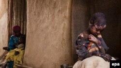 در گزارش موسسۀ آکسفام آمده که تا ۶۵ در صد از شهروندان اینکشورها با تهدید گرسنگی روبهرو اند.