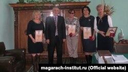 Директор института виноделия «Магарач» Анатолий Авидзба (второй слева)