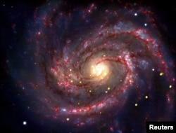 Иң соңгы кара тишек табылган M100 галактикасы
