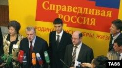 Рязань для проведения выездного заседания фракции члены «Справедливой России» выбрали неспроста: треть населения губернии имеют отношение к армии