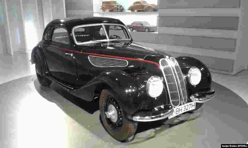 BMW-327-28, 1937року випуску