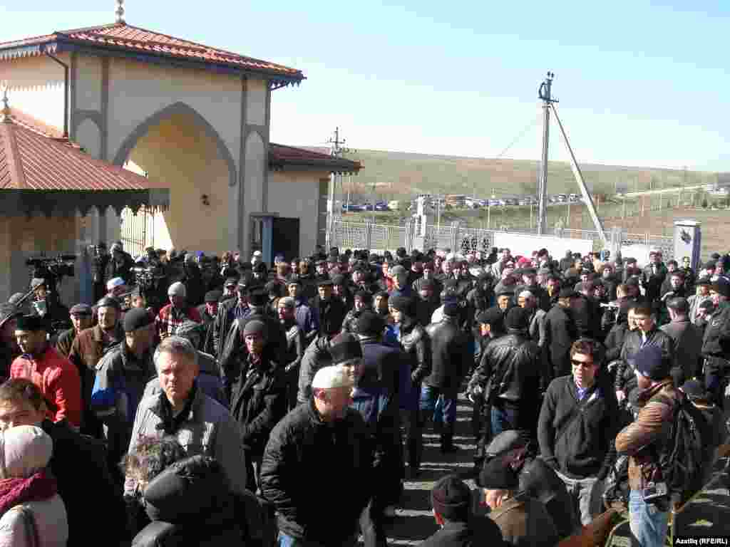 Mourners gathering for Reshat Ametov's funeral