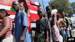 Местные жители вынуждены жить от одной раздачи продовольствия до следующей