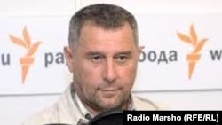 Detained activist Ruslan Kutayev