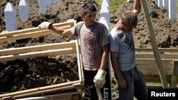 Eshumacija posmrtih ostataka žrtava u Potočarima, Srebrenica, ilustrativna fotografija