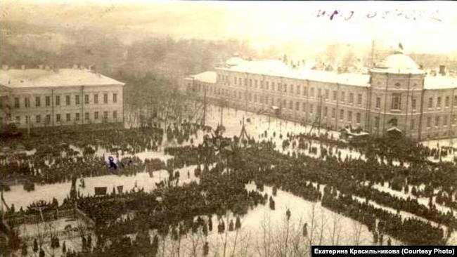 Перезахоронение жертв колчаковцев в Томске