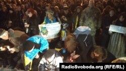 Активісти у Запоріжжі згадали річницю розгону місцевого Майдану, 26 січня 2015 року