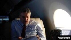 Կառավարությունը չի պարզաբանում՝ ի՞նչ ինքնաթիռով է վարչապետը մեկնել Դավոս